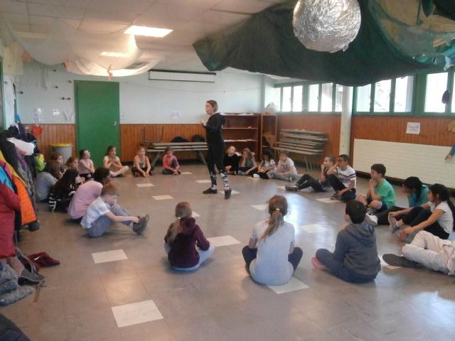 Mercredi, le ministre veut fermer notre école de danse !
